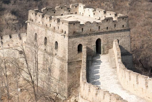 wieża obserwacyjna wielkiego muru chińskiego